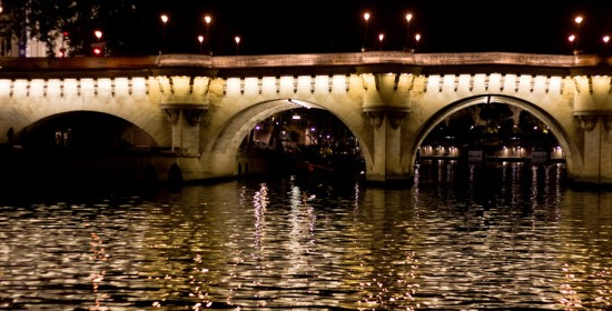 PARIS. Panorama con puente